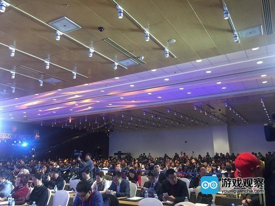 领袖峰会:大佬齐聚,共话行业未来