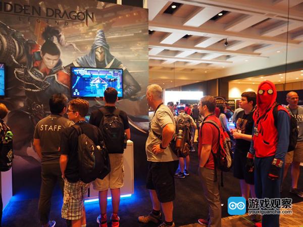 PAX West在绿洲游戏《Hidden Dragon Legend(隐龙传)》展台前排队的玩家