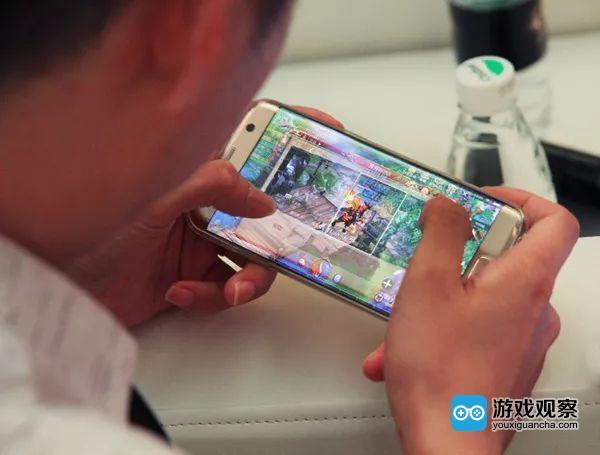 核心玩家正在体验《传奇世界3D》手游