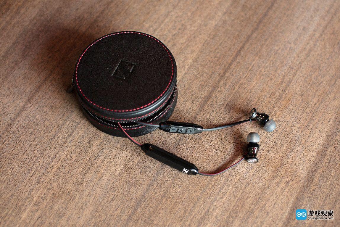MOMENTUMFREE入耳式无线耳机