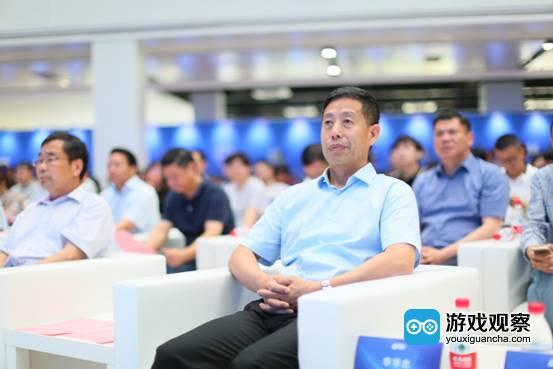 浙江省人大常委会副主任李学忠出席会议