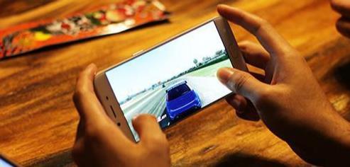 约七成韩国人玩游戏 手游玩家工作日平均玩90分钟