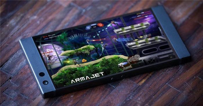 """雷蛇游戏手机Razer Phone 2发布 信仰""""灯""""亮了"""